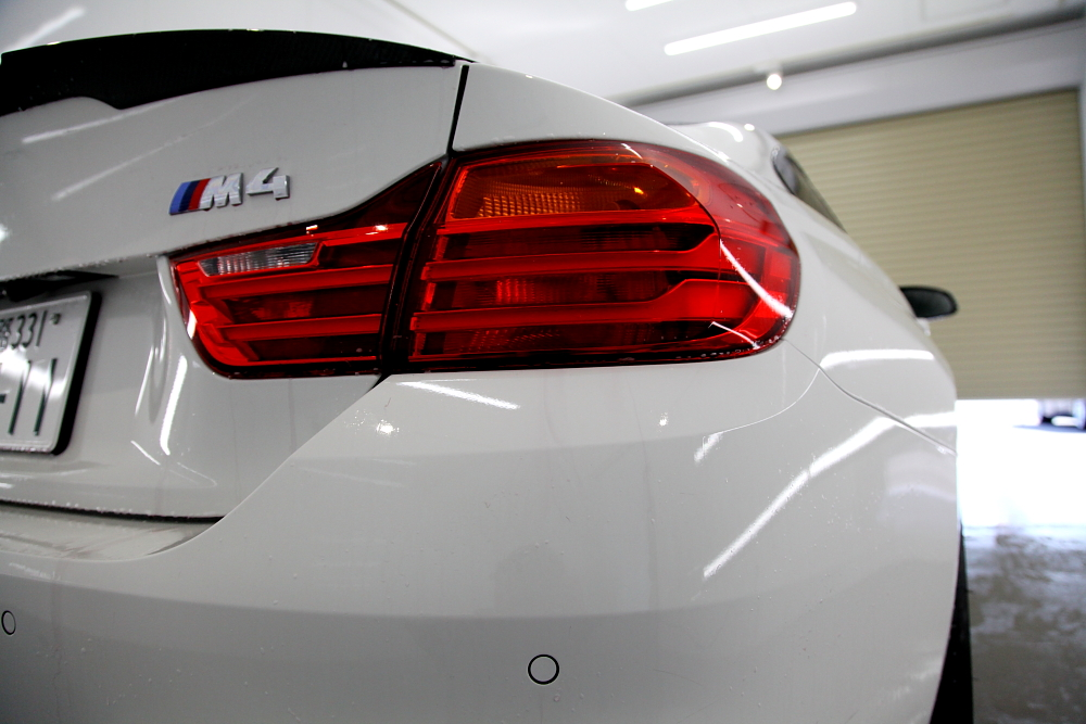 BMW F82/M4 & 鏡面磨き+CERAMIC PRO 9H 4レイヤー施工+祝納車!!