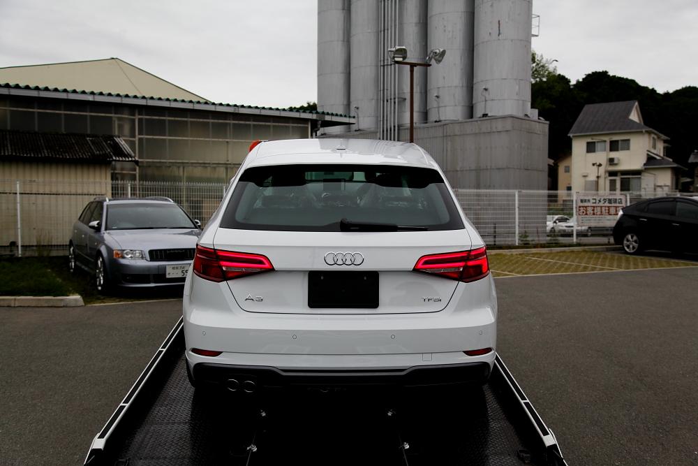 Audi A3/8V S-LINE新車入庫 & 納車前下地処理!!
