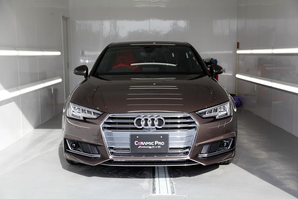 Audi A4/B9 セダン