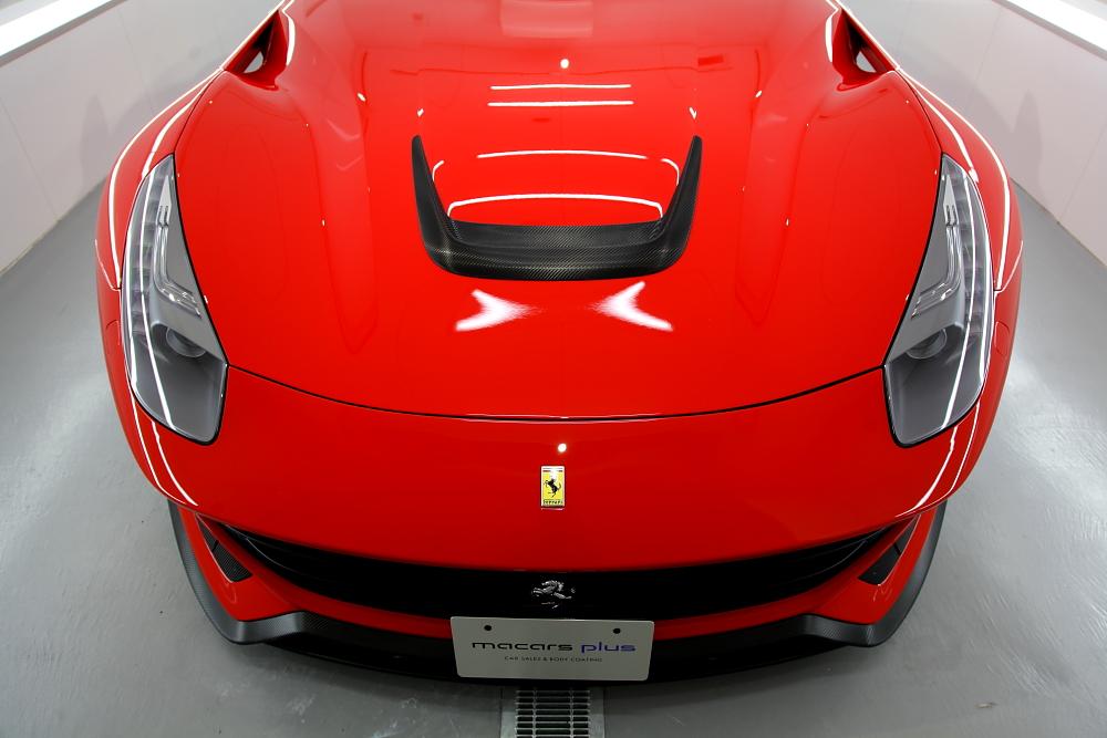 フェラーリ F12/ベルリネッタ