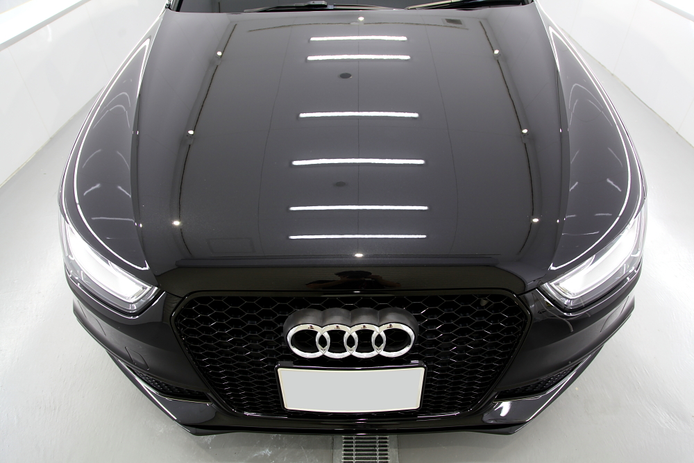 Audi A4/B8Avant & CERAMIC PRO 9Hコーティング施工!!
