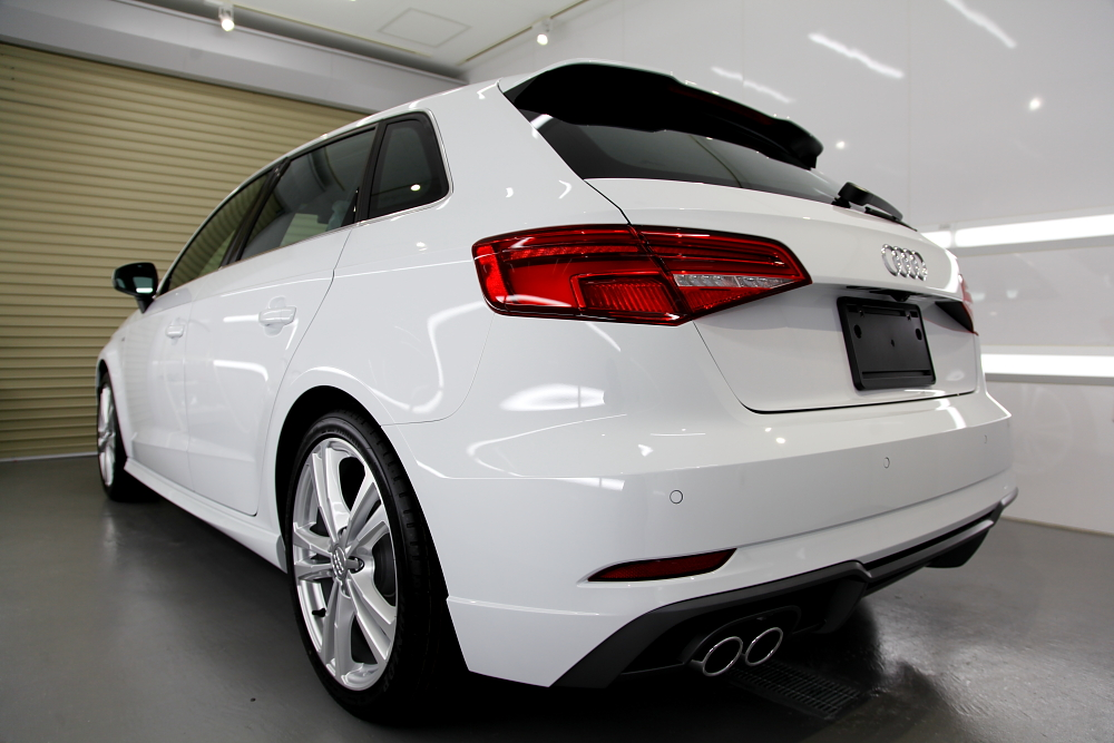 Audi A3/8V S-LINE