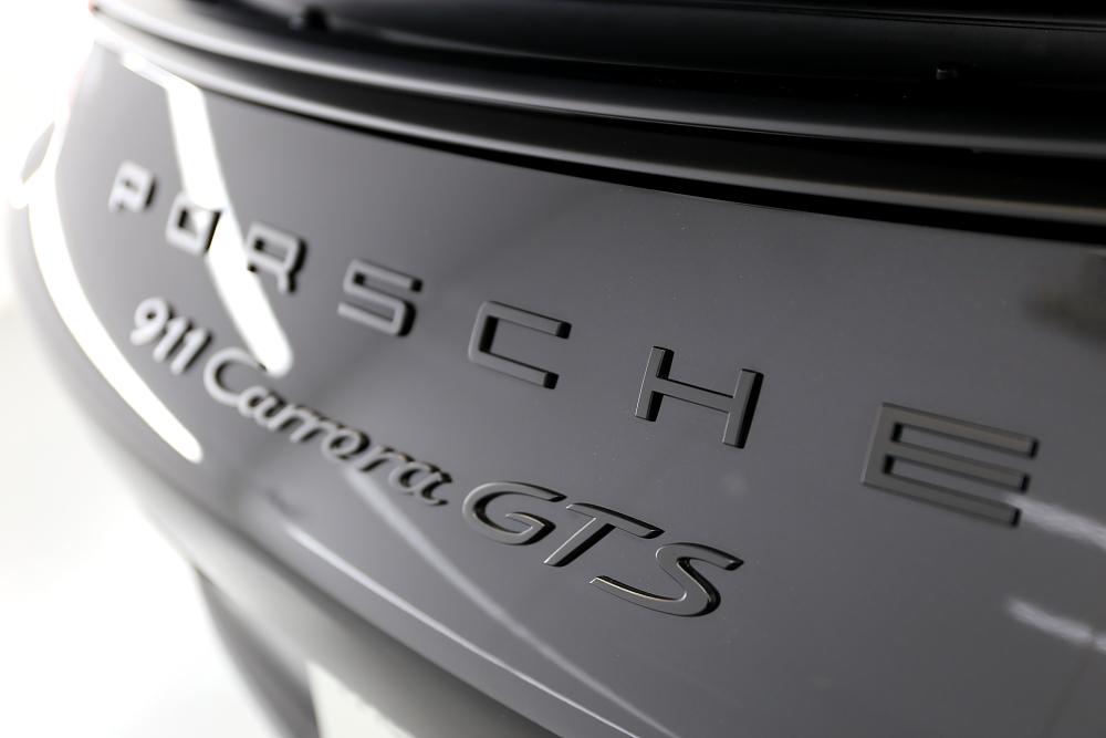 Porsche911/991.2カレラGTS & 新着入庫車輌!!