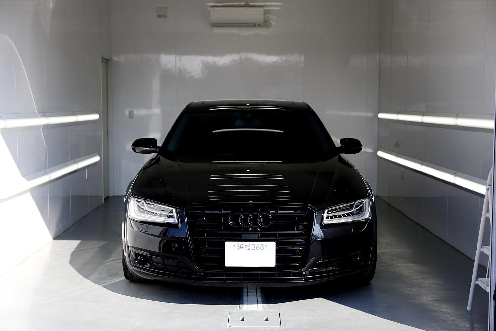 Audi A8/4H L4.0TFSI & 鏡面磨き・コーティング施工!!