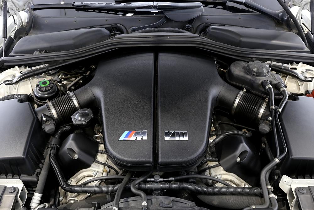 BMW E63/M6 & 新着入庫車輌!!