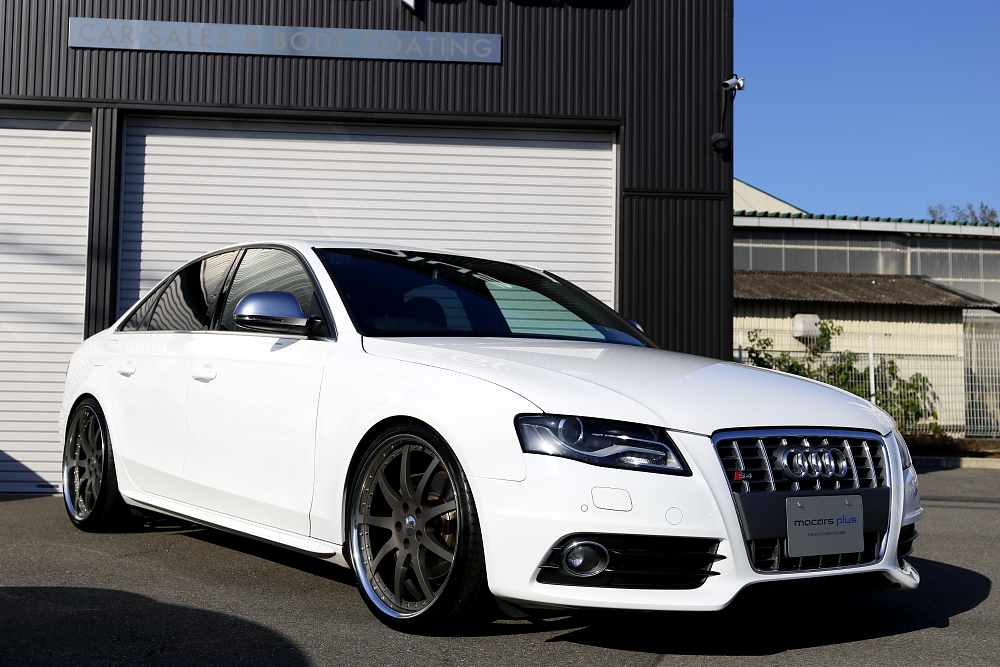 Audi A4/B8 S-LINE SEDAN