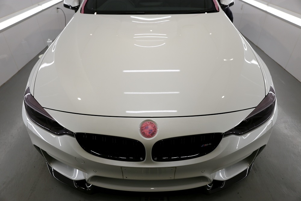 BMW F82/M4 Coupe & 鏡面磨き+コーティング施工!!