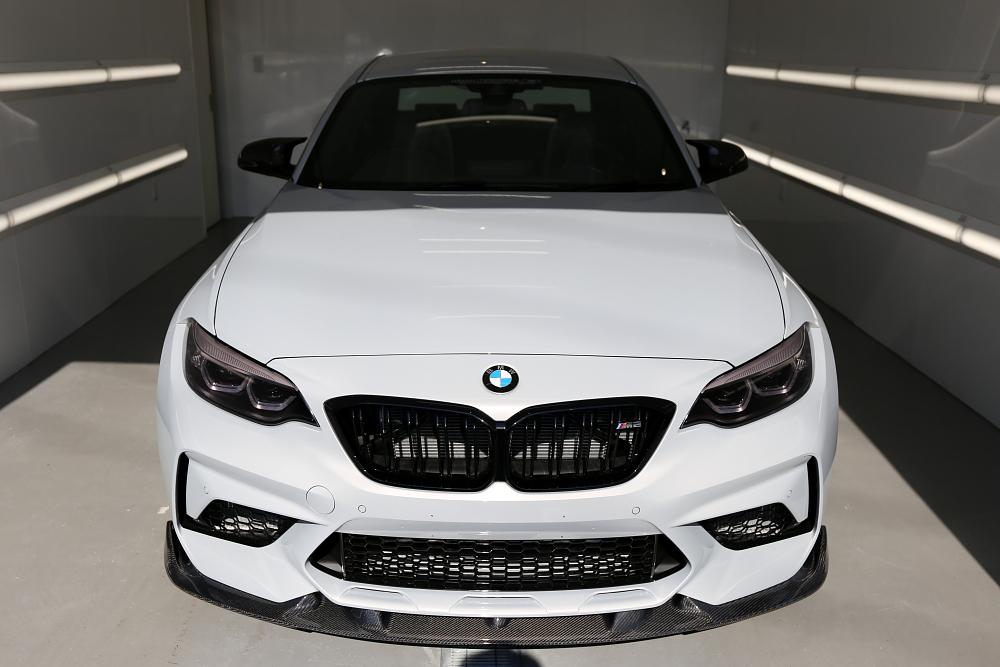 BMW F87/M2コンペティション & 鏡面磨き+mp+コーティング施工!!