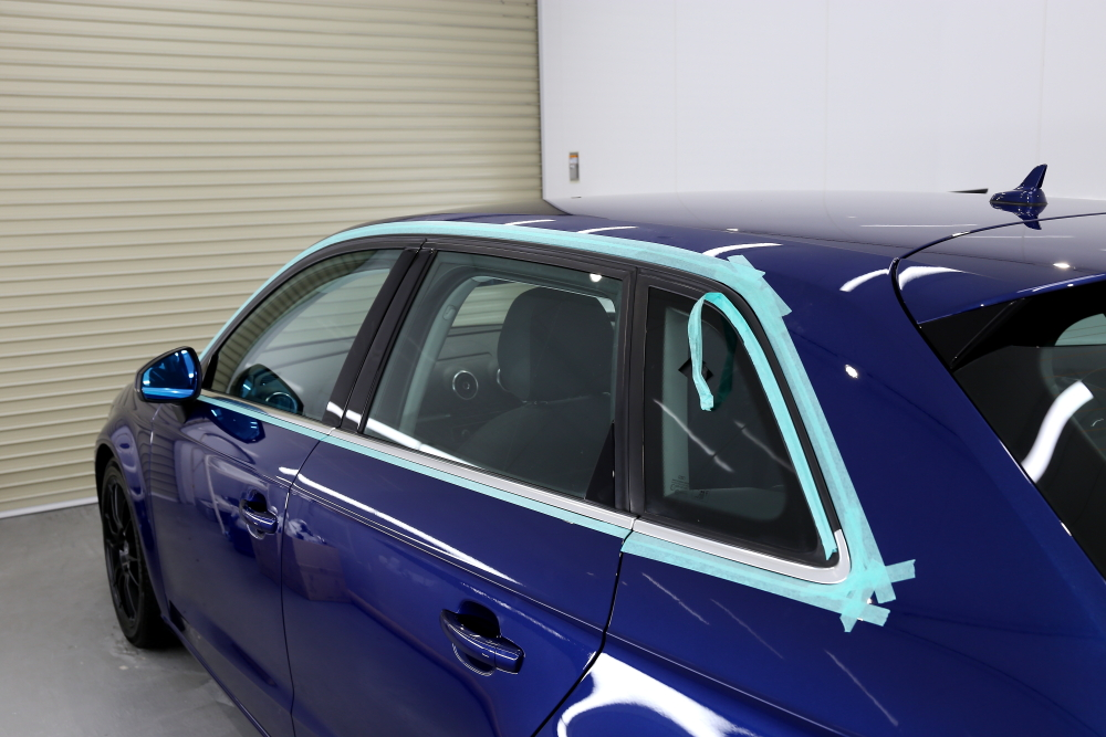 Audi A3/8V & 鏡面磨き+mp+2層コーティング施工+窓枠ラッピング施工!!