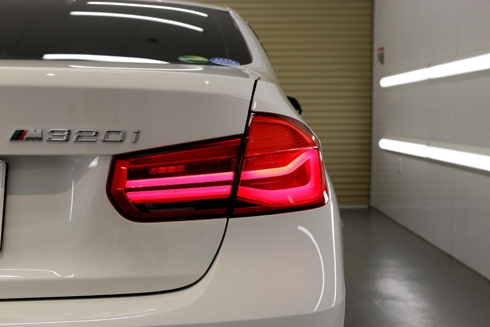 BMW F30/320LCI