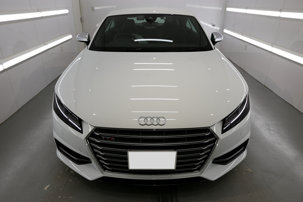 Audi TTS/8S