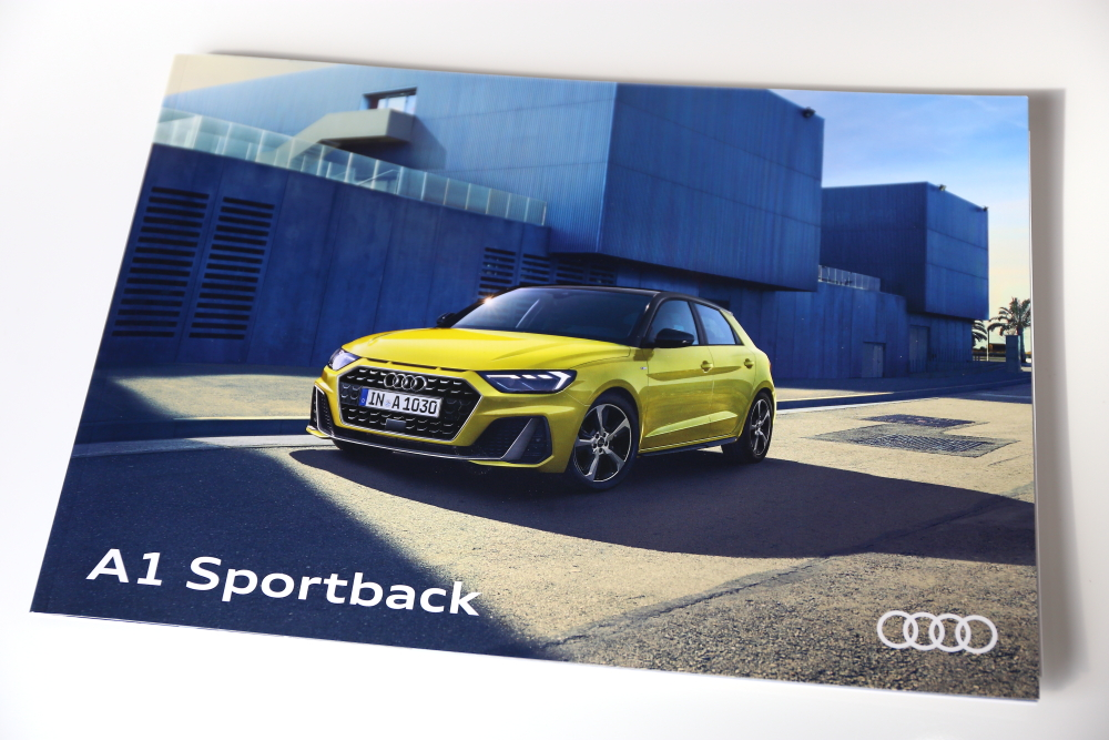 Audi NEW A1 Sportback 35TFSI advanced & 磨き・コーティング施工!!
