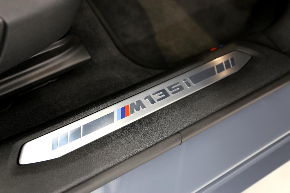 BMW F40/M135i & レザーコーティング施工+YUPITERUレーダー・ドラレコ+ウインドウフィルム施工!!