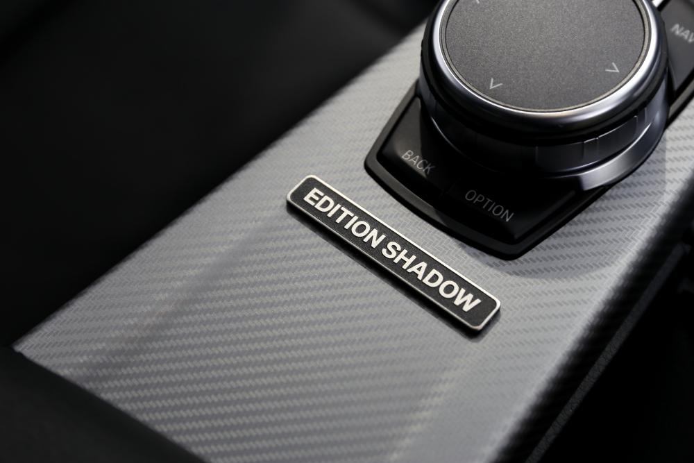 BMW F30/320d LCI EDITION SHADOW & 鏡面磨き+mp+ガラスコーティング+レザーコーティング施工!!