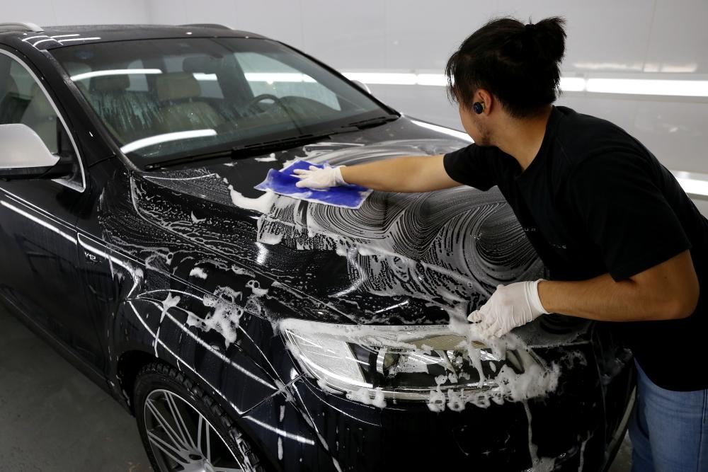 Audi Q7/V12 TDI & 鏡面磨き施工+CERAMIC PRO 9H 4レイヤー施工!!