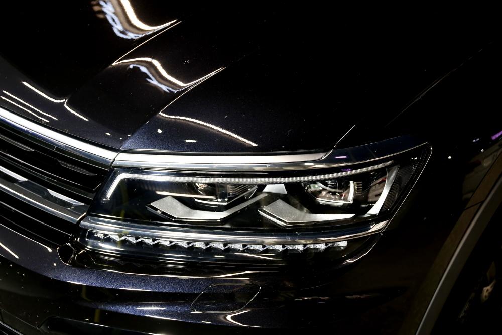 VW Tiguan & STEK DYNOsmoke施工!!