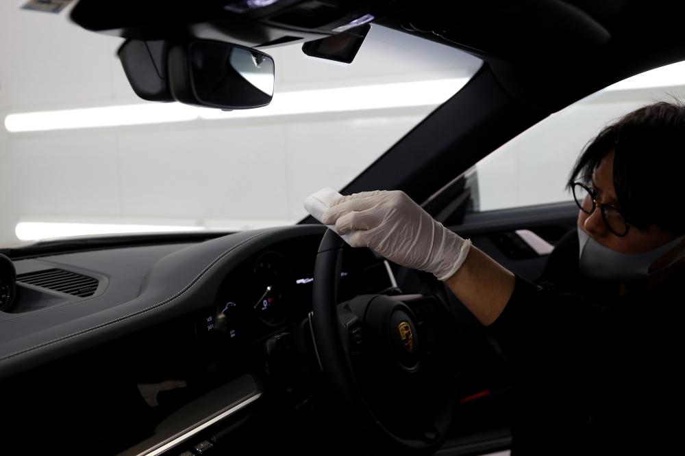 Porsche 992/Carrera
