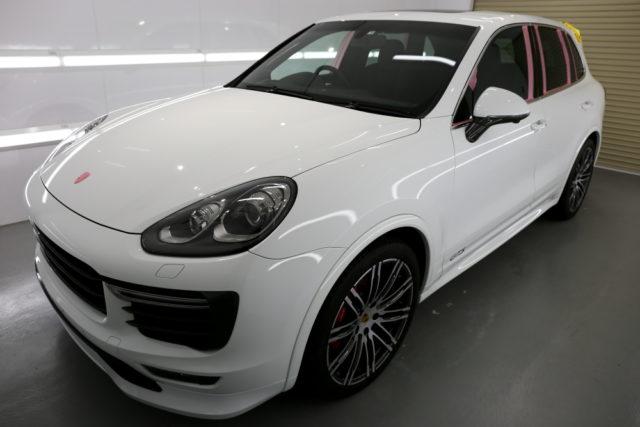 Porsche カイエン/958後期 GTS & 磨き・CERAMIC PRO 9H 4レイヤー施工!!